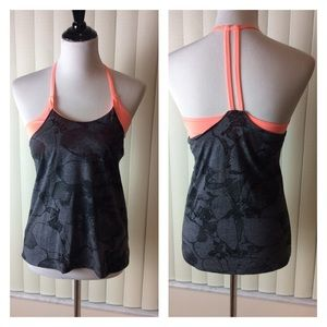 Old Navy Active Yoga Top With Built in Bra